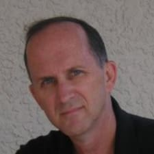 Profil Pengguna James John