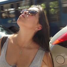 โพรไฟล์ผู้ใช้ Ana Luisa