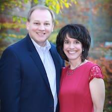 Mike And Donna felhasználói profilja