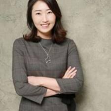 โพรไฟล์ผู้ใช้ Yoon Ji