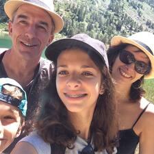 Sylvia, Claude, Zoé Et Tom User Profile