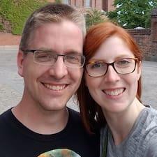 Ross & Abby felhasználói profilja