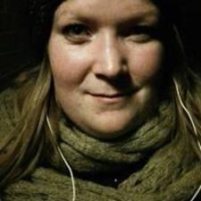 Profil Pengguna Lisbeth
