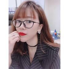 Ngoc Tram felhasználói profilja