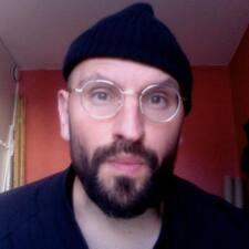 Roberto N User Profile