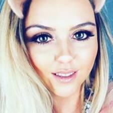 Profil Pengguna Kayleigh