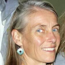 Amy T. User Profile