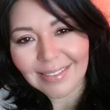 Nutzerprofil von Perla Janet