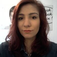 Lara Brukerprofil