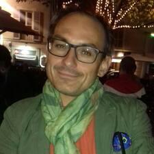 Notandalýsing Antonio