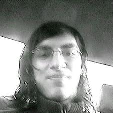 Román User Profile