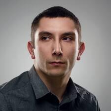 Angelo Brugerprofil