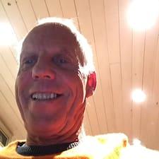 Profilo utente di Hans Ulrich