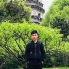 笑秋 User Profile