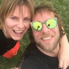 โพรไฟล์ผู้ใช้ Denis & Irina