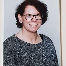 Henriette felhasználói profilja