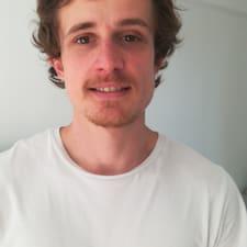 Eliott User Profile