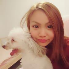 Yi Chun felhasználói profilja