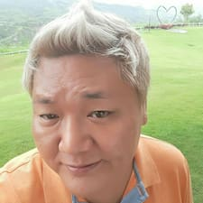 호영 felhasználói profilja