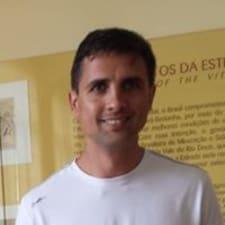 Nutzerprofil von Célio