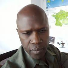 โพรไฟล์ผู้ใช้ Emmanuel