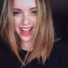 Alexie felhasználói profilja