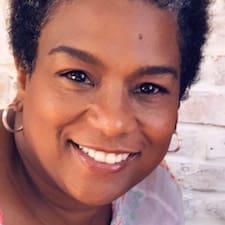 Monique님의 사용자 프로필