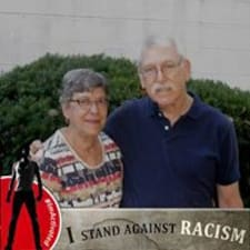 Mark And Nancy felhasználói profilja