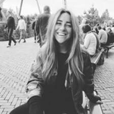 Kaylee felhasználói profilja