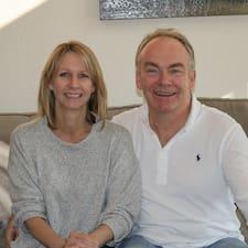 โพรไฟล์ผู้ใช้ Katherine & John