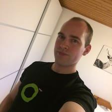 Runi User Profile