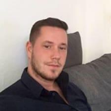 Profil Pengguna Daniel