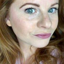 Heatherh19857927 User Profile