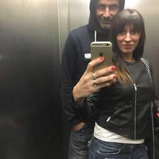 Davide E Patrizia je domaćin.