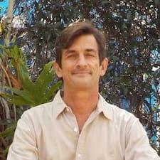 Roberto! User Profile