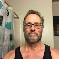 Perfil do usuário de Dennis
