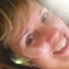 Tania Mara Deslandes User Profile
