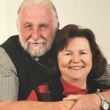 Profil Pengguna Terry & Susan