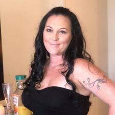 Profilo utente di Courtney Stoll