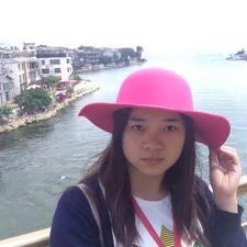娅 User Profile