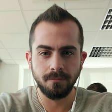 Profil Pengguna Stelios