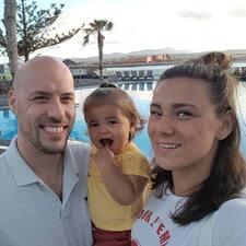โพรไฟล์ผู้ใช้ Ramon&Amoy And Olivia