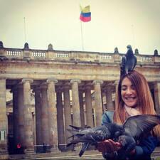Vivianna felhasználói profilja