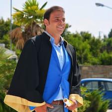Alexandros bir süper ev sahibi.