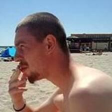 Mihai Adrian Ionut felhasználói profilja