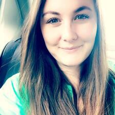Gwenanne User Profile