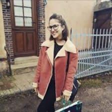 Anne-Flore User Profile