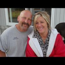 Debbie And Scott – супергосподар.