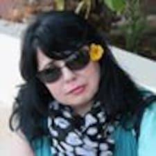 Julia님의 사용자 프로필