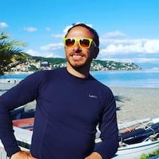 Подробнее о хозяине Ricky Blanco Genova